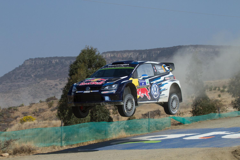 Etapa SS 11 Ibarrilla 1 del Rally México WRC en terracerias en León, Guanajuato, México. 20150307  Foto: Enrique Gijón